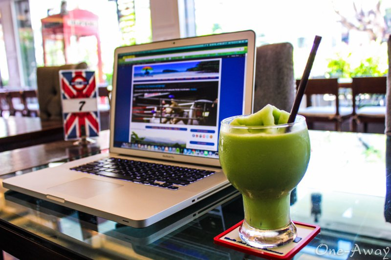 Green Tea Smoothie Marble Arch Coffee Shop Chiang Mai